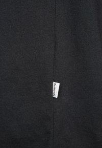 Resteröds - JIMMY - Basic T-shirt - black - 6