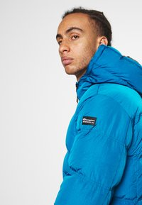Champion - ROCHESTER OUTDOOR HOODED JACKET - Giacca invernale - dark blue - 5