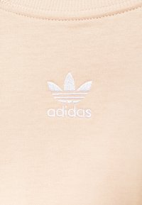adidas Originals - TEE - Basic T-shirt - halo blush - 5