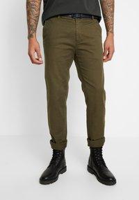 Scotch & Soda - STUART - Chino kalhoty - army - 0