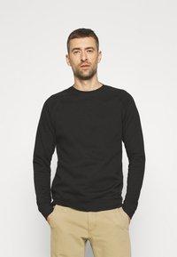 Pier One - 2 PACK - Sweatshirt - sage/black - 3