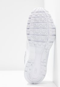 Nike Sportswear - P-6000 - Trainers - white/platinum tint - 8