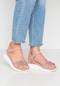 Alma en Pena - Platform sandals - old pink - 0