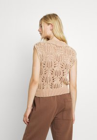 Free People - POINTELLE VEST - Sweter - soft earth - 2