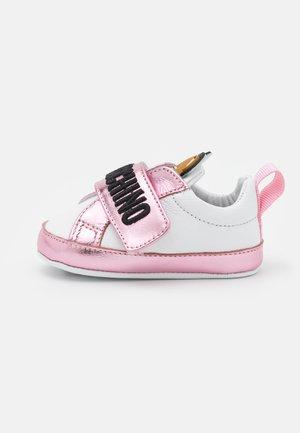 Babyschoenen - light pink/white
