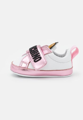 First shoes - light pink/white