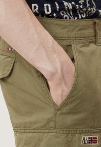 Napapijri - NORE - Shorts - olive green - 3