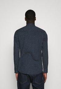 Jack & Jones - JORDUDE SLIM FIT - Shirt - navy blazer - 2
