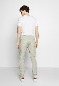 Paul Smith - GENTS DRAWCORD TROUSER - Tracksuit bottoms - light green - 2