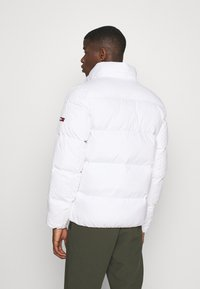 Tommy Jeans - ESSENTIAL JACKET - Winter jacket - white - 3