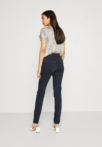 NAF NAF - POWER SKINNY - Trousers - bleu marine - 2