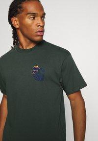 Carhartt WIP - SOCIETY - Print T-shirt - dark teal - 3