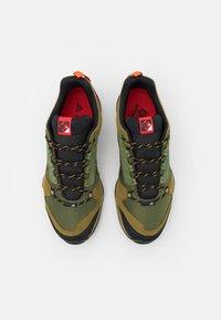 adidas Performance - TERREX AX3 - Hikingskor - wild pine/vivid green/vivid red - 3