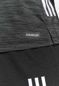 adidas Performance - OUTDOOR - T-shirt z nadrukiem - black - 5