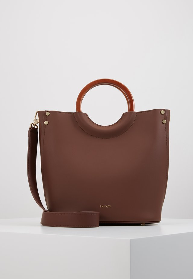 VIVIANA - Handbag - chocolate
