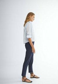 Massimo Dutti - FLANELL  - Pantalon classique - dark blue - 2