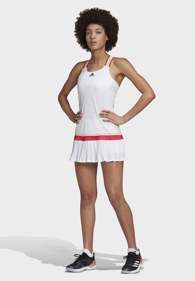 TENNIS Y-DRESS HEAT.RDY - Sukienka sportowa - white