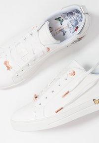 Ted Baker - MISPIR - Sneakers laag - white narnia - 7