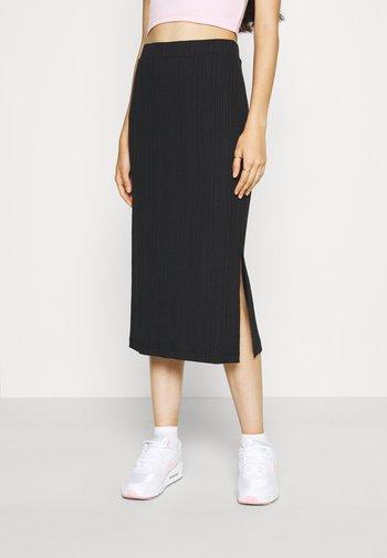 Pencil skirt - black solid