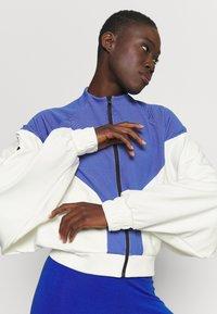 adidas Performance - COVER UP - Veste de survêtement - white/black - 3