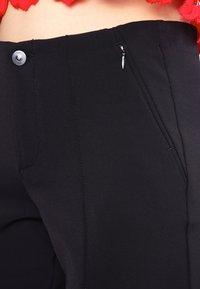 MAC Jeans - ANNA  - Bukse - schwarz - 4
