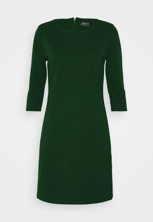 ONLBRILLIANT DRESS - Robe en jersey - pine grove