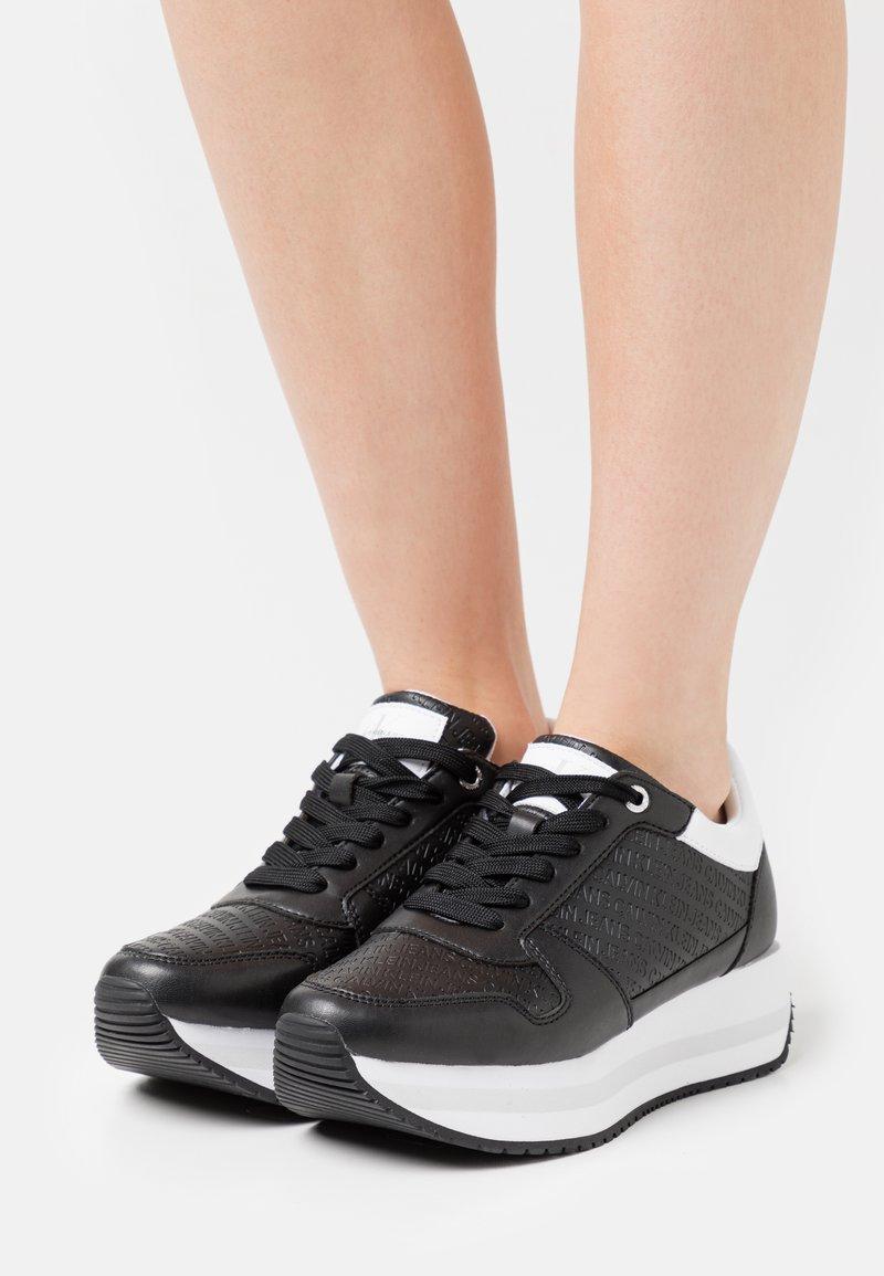 Calvin Klein Jeans - RUNNER FLATFORM LACEUP  - Trainers - black