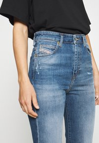 Diesel - D-EISELLE - Slim fit jeans - indigo - 3