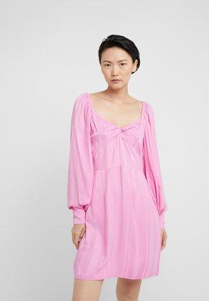 ALISA - Day dress - begonia pink