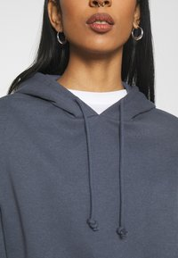 Pieces - PCCHILLI HOODIE - Hoodie - ombre blue - 5