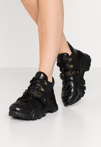 Colors of California - Trainers - black - 0
