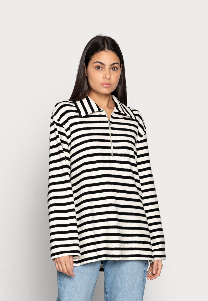 ARKET - Sweatshirt - offwhite/black