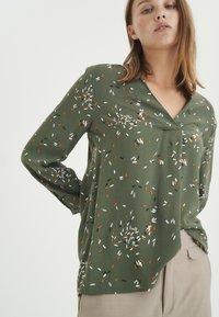 InWear - Long sleeved top - beetle green springels - 3