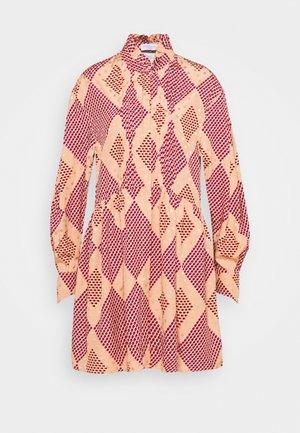 GISELLE  - Shirt dress - rose cloud