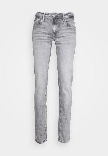 HATCH - Slim fit jeans - new denim