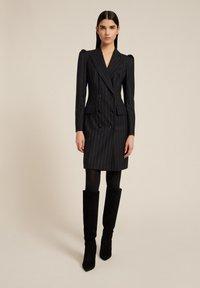 Luisa Spagnoli - GIORDY - Shift dress - var nero/lilla - 0