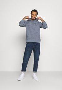 Nike SB - HOODIE UNISEX - Sweatshirt - ashen slate/midnight navy - 1