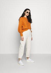 American Vintage - SNOPDOG - Straight leg jeans - ecru - 1