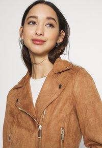 Miss Selfridge - BIKER - Faux leather jacket - tan - 3