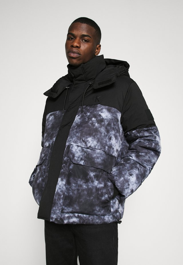 CLOUD PUFFER - Winter jacket - black