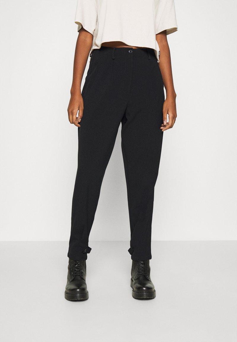 Nümph - NUMELISANDE PANT - Trousers - caviar
