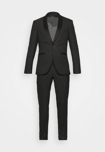 RECYCLED TUX SLIM FIT