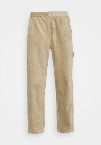 CARPENTER PANT - Trousers - sand