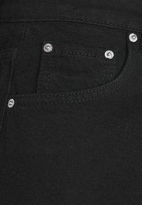 Gina Tricot - DAGNY MOM - Shorts di jeans - black - 5