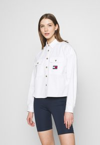 Tommy Jeans - CROPPED UTILITY - Camisa - white - 0