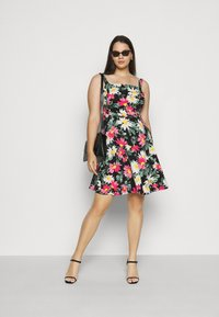Dorothy Perkins Curve - STRAPPY FLORAL DRESS - Day dress - multi-coloured - 1