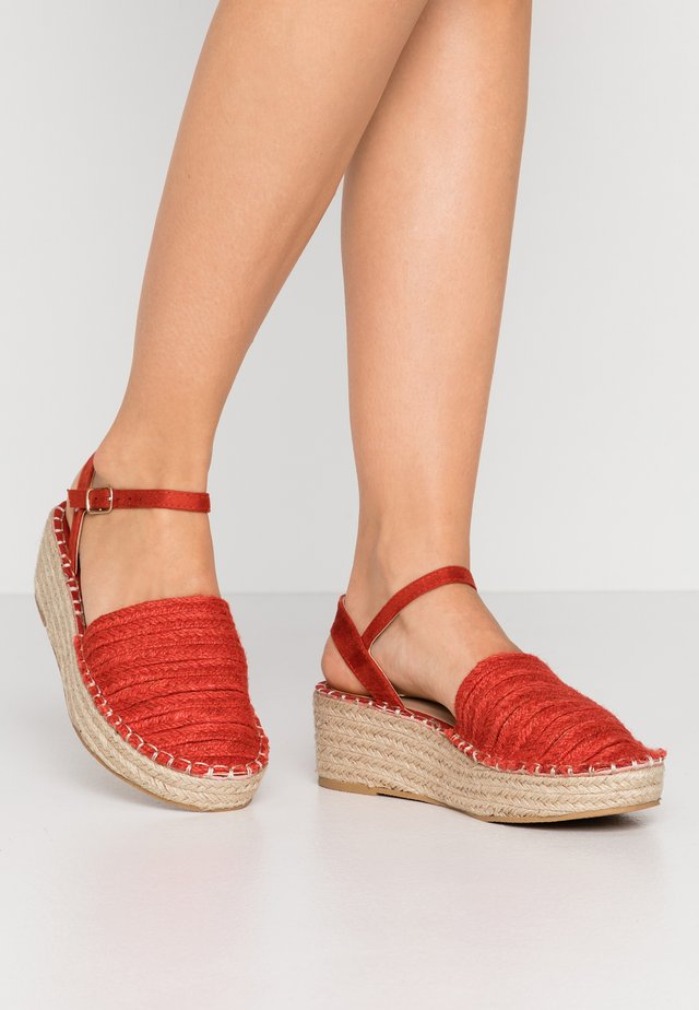 Espadrillot - deep red