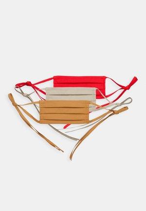 3 PACK - Mascarilla de tela - red/taupe/camel