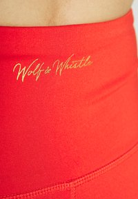 Wolf & Whistle - EXCLUSIVE LEGGINGS WITH PANELS - Leggings - red - 3