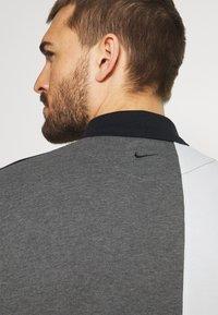 Nike Golf - Polo shirt - black/charcoal heathr/dark grey - 3